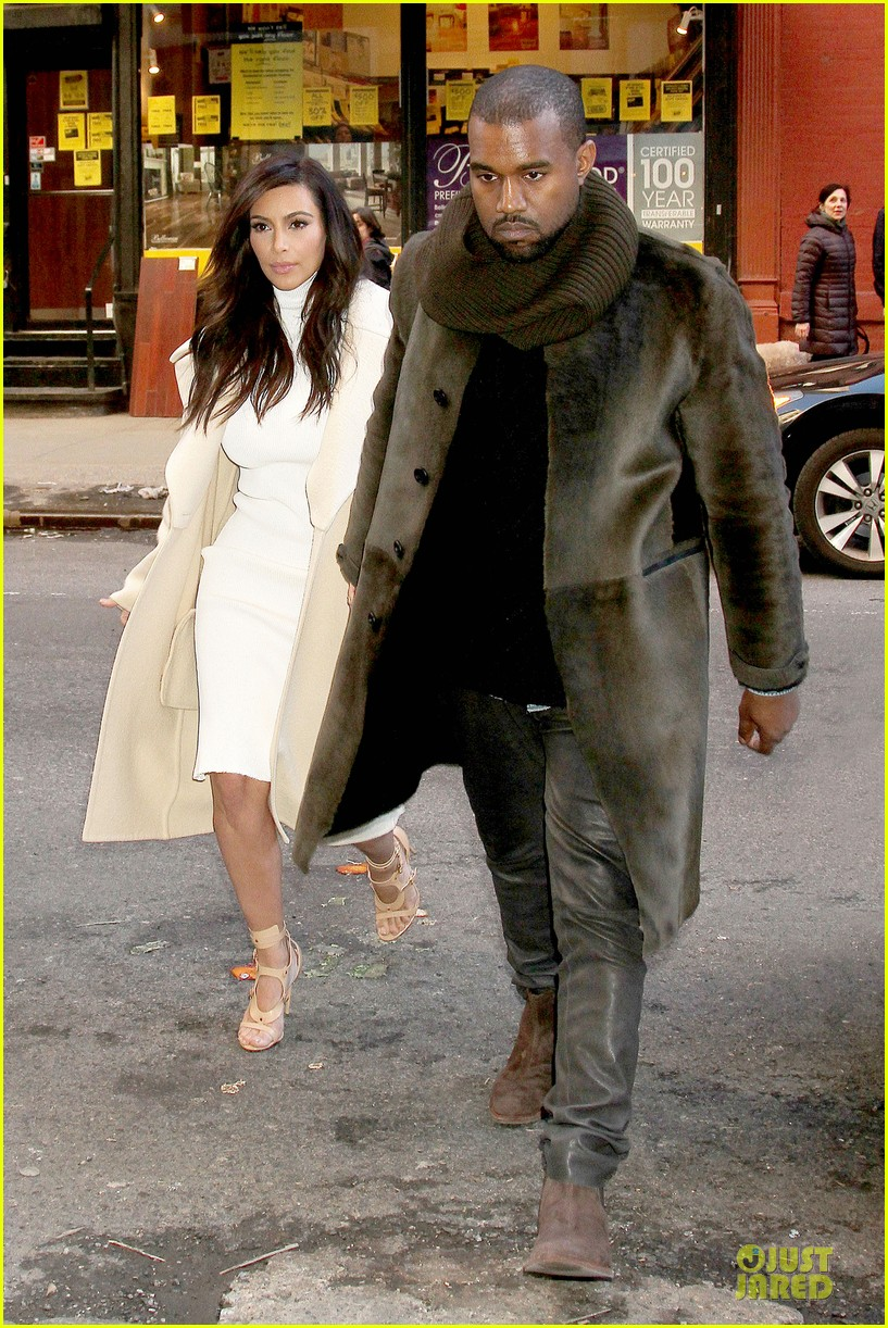 kim kardashian kanye west hold hands at abc kitchen 083058546