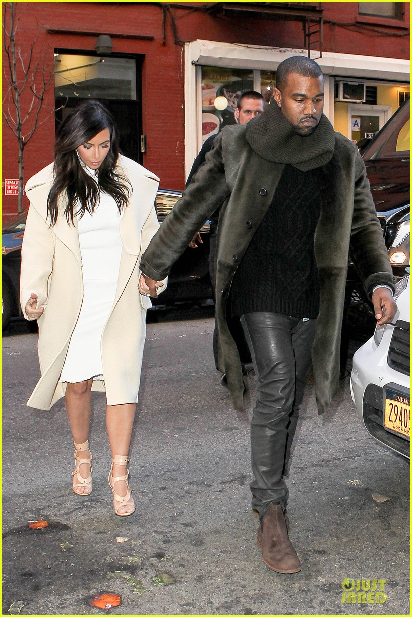 kim kardashian kanye west hold hands at abc kitchen 133058551