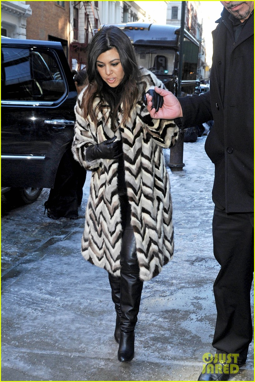 kim kardashian films kuwtk with her sisters khloe sends message on coat fxck yo fur 053055123