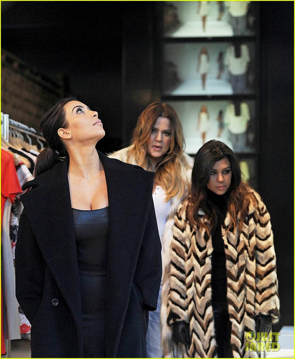 kim kardashian films kuwtk with her sisters khloe sends message on coat fxck yo fur 233055141