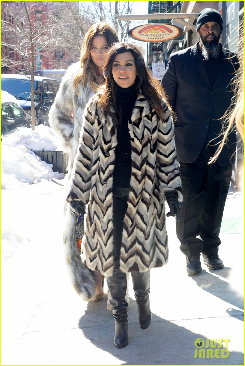kim kardashian films kuwtk with her sisters khloe sends message on coat fxck yo fur 24