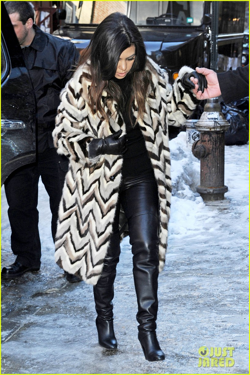 kim kardashian films kuwtk with her sisters khloe sends message on coat fxck yo fur 253055143