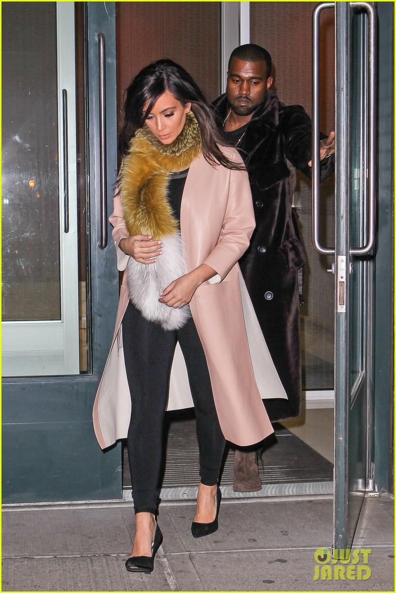 kim kardashian kanye west step out before new kuwtk episode 013059306