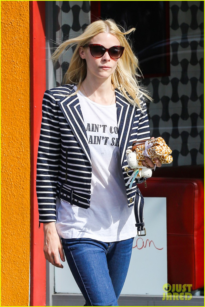 jaime king saturday in the sun with my love james knight 04