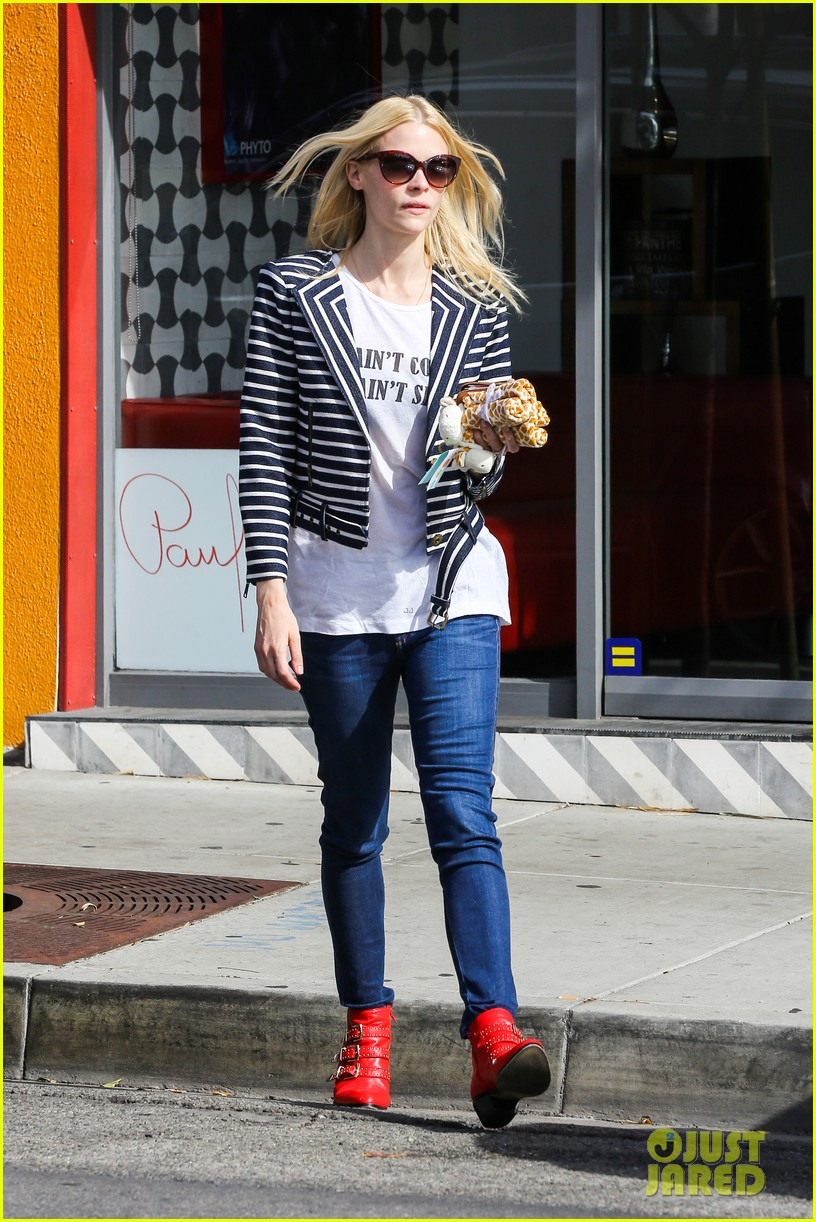 jaime king saturday in the sun with my love james knight 053045894