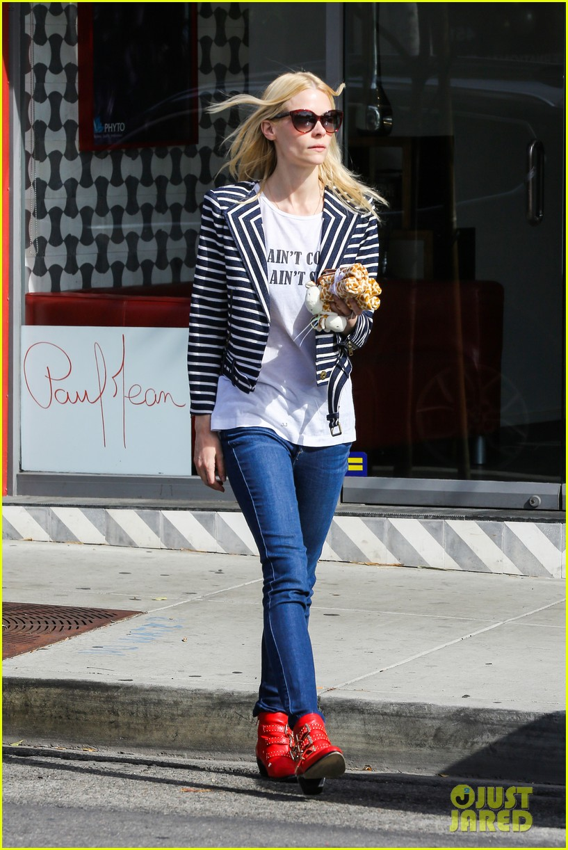 jaime king saturday in the sun with my love james knight 103045899