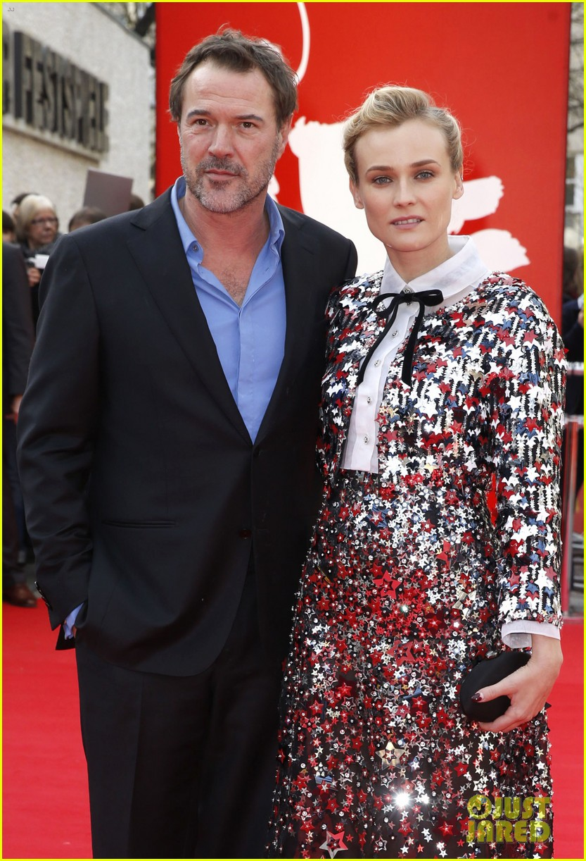 diane kruger brings joshua jackson along for berlin film festival premiere 043050682