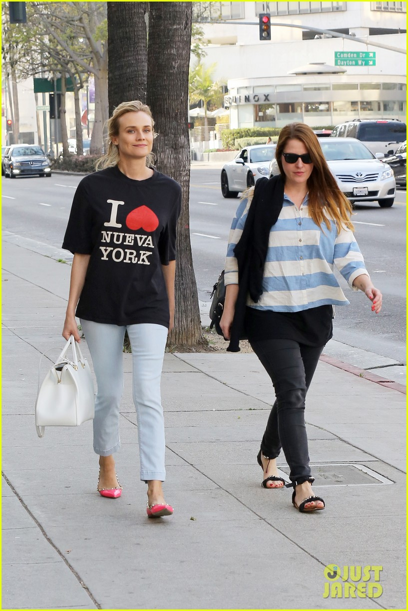 diane kruger is a new york city tourist in the wrong city 05