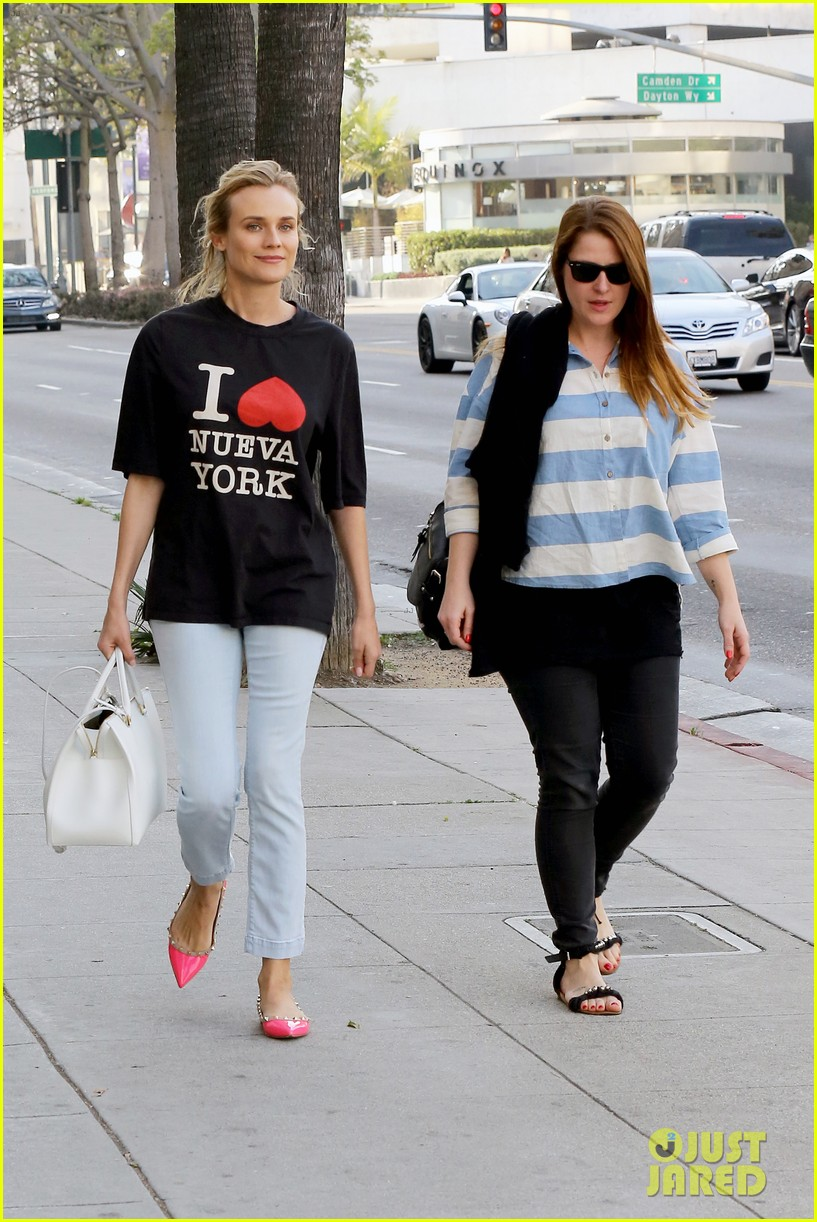 diane kruger is a new york city tourist in the wrong city 063057748