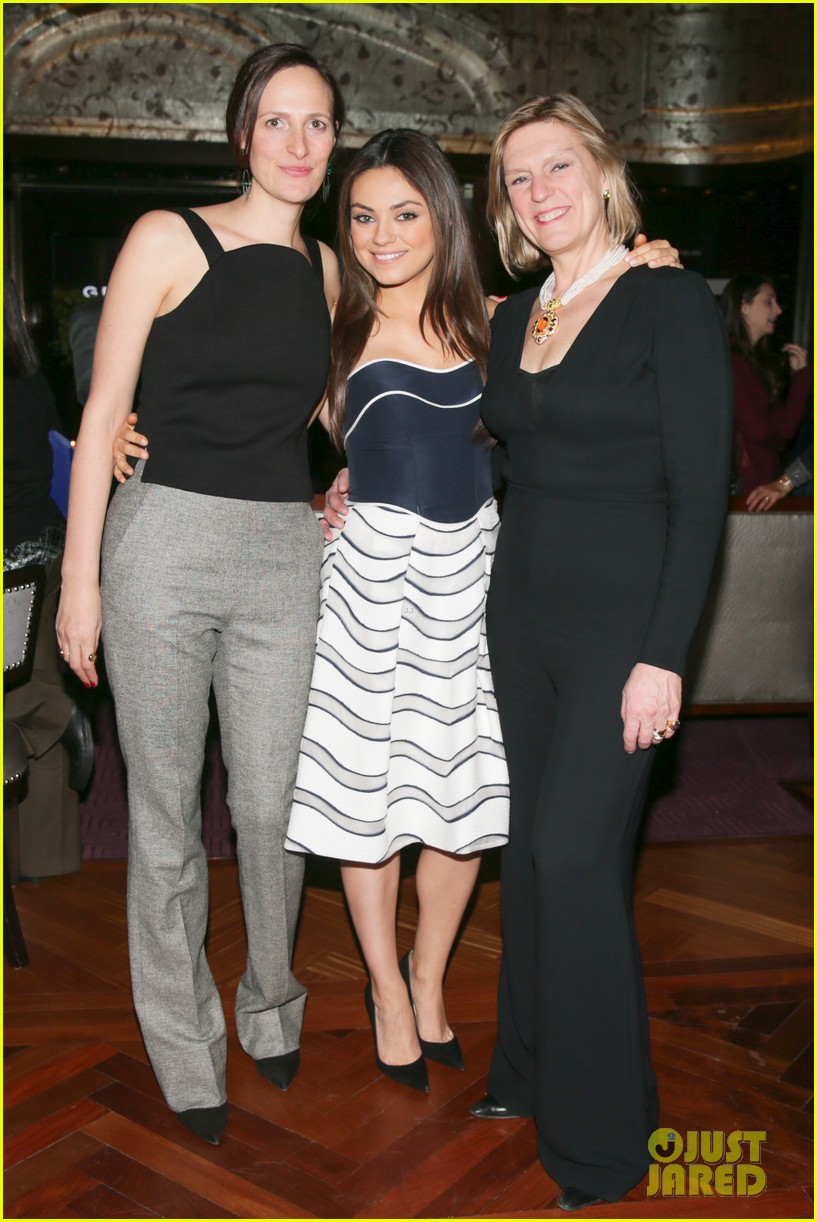 mila kunis celebrates gemfields collaboration with big party 013047449