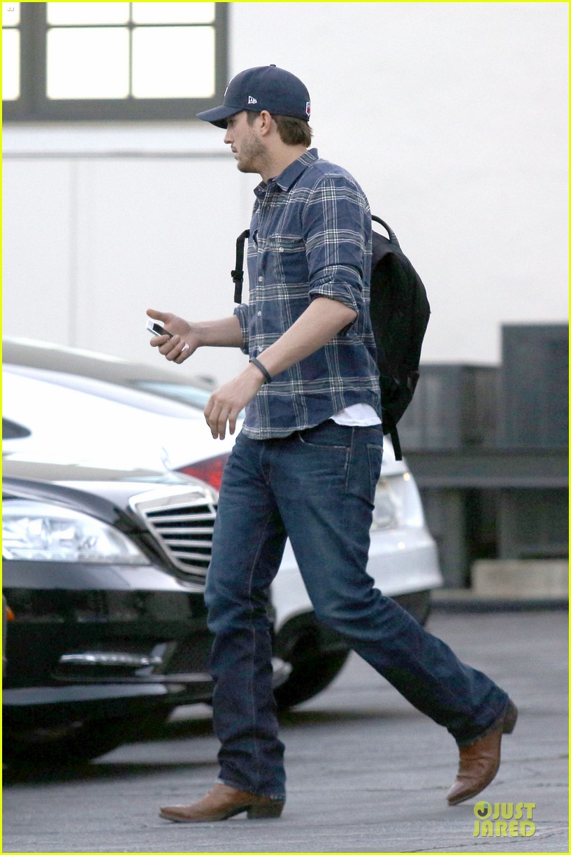 ashton kutcher are you sold on the waffle taco 183060123