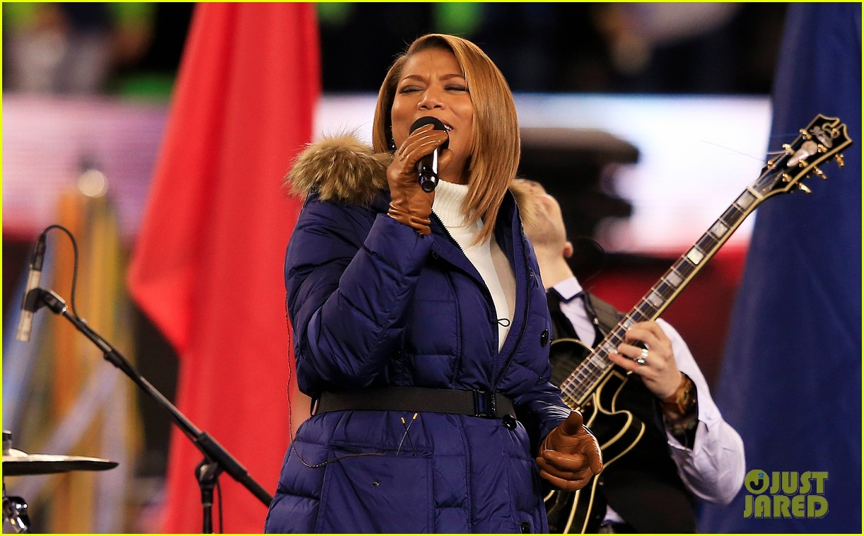 queen latifah sings america the beautiful at super bowl 2014 watch now 033046550