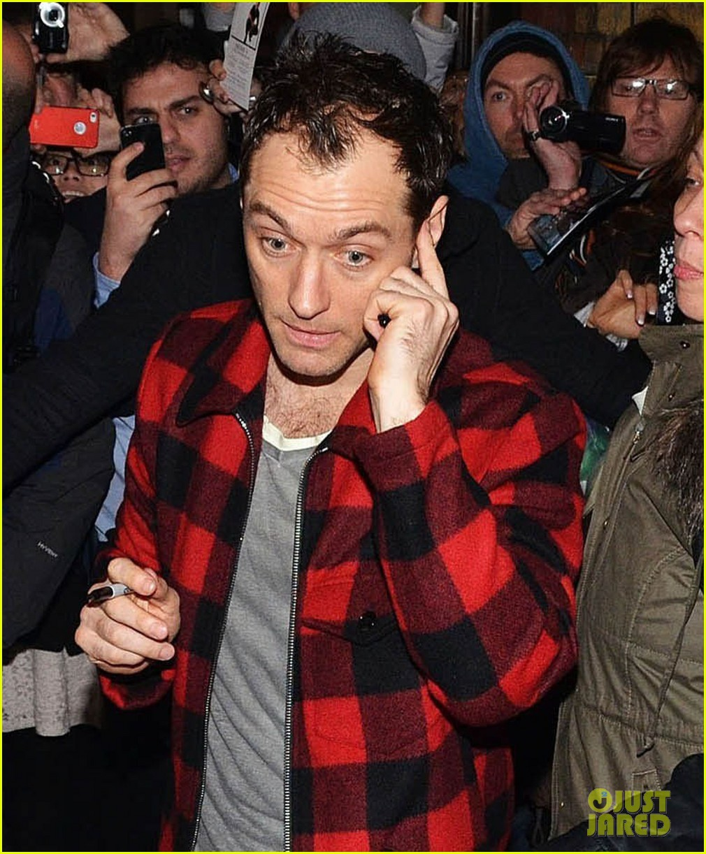 jude law the boxs third birthday party 123052759