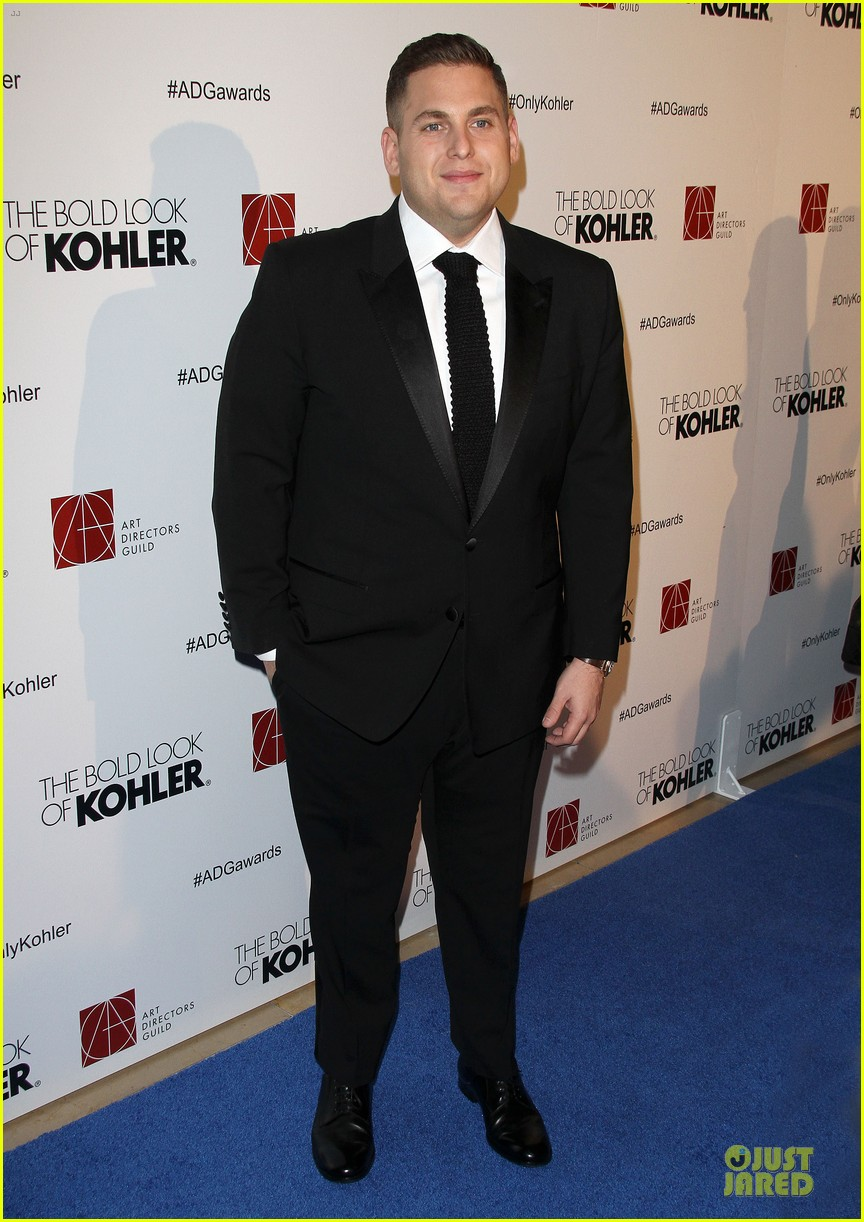 leonardo dicaprio jonah hill honor martin scorsess at adg awards 013050058