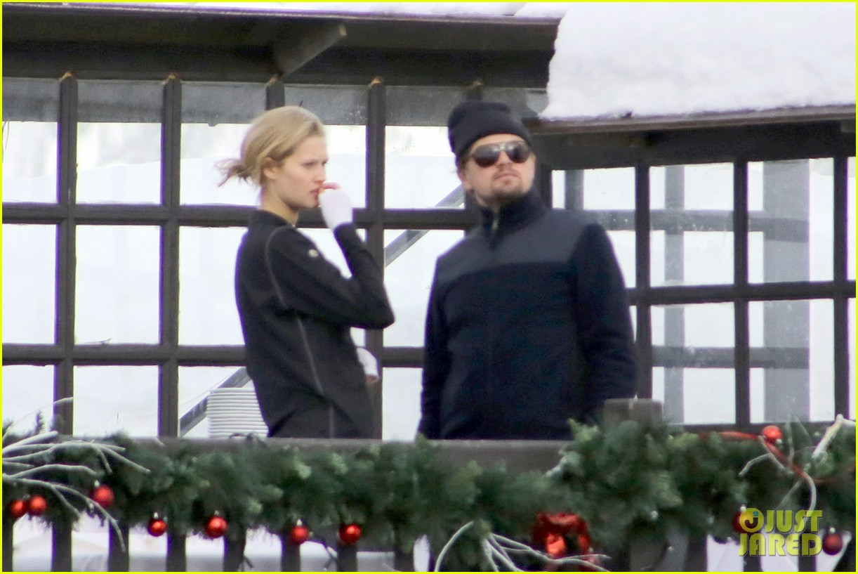 leonardo dicaprio toni garrn vacation in snowy french alps 013056314
