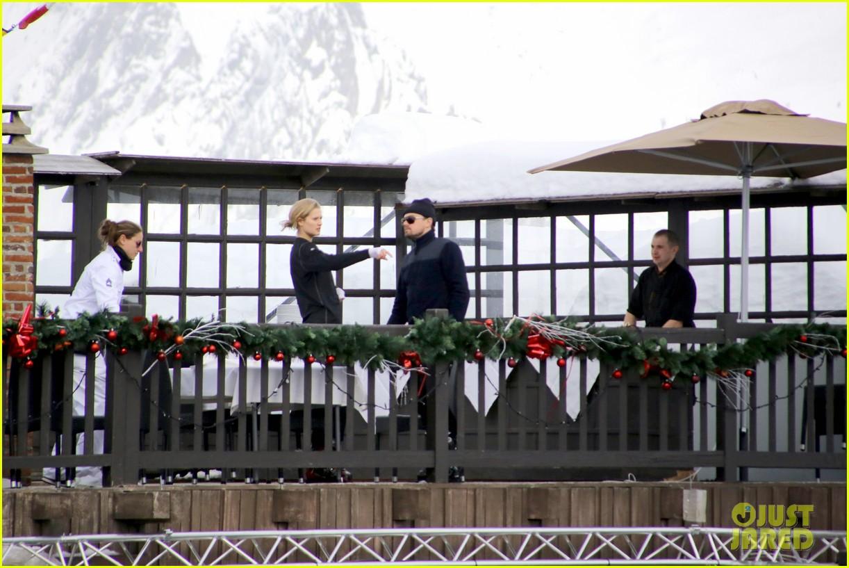 leonardo dicaprio toni garrn vacation in snowy french alps 053056318