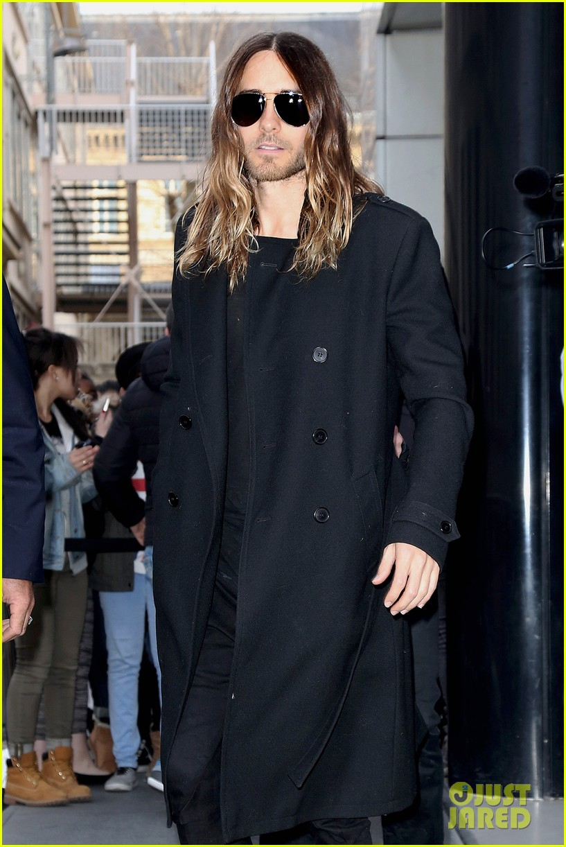 jared leto discusses wearing mens clothes in pivitol dallas buyers club scene 063055627