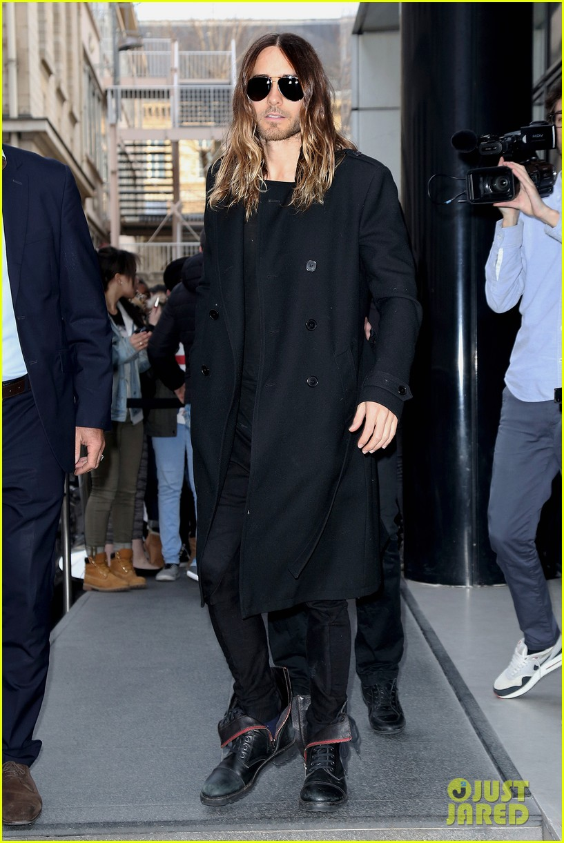 jared leto discusses wearing mens clothes in pivitol dallas buyers club scene 073055628