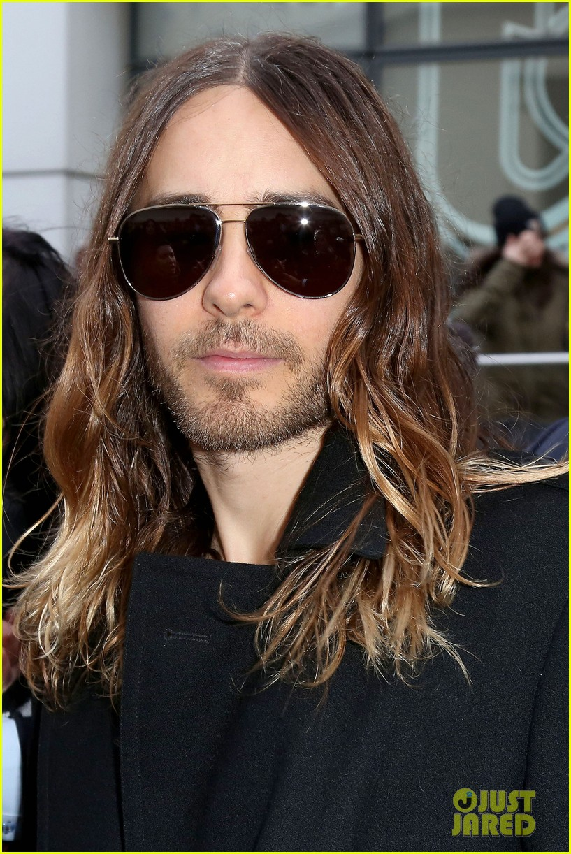 jared leto discusses wearing mens clothes in pivitol dallas buyers club scene 093055630