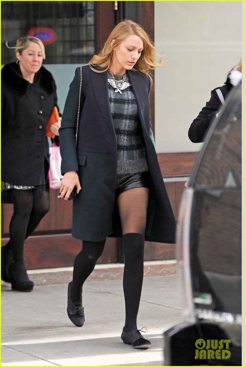 blake lively wears super short shorts in freezing new york 053052558