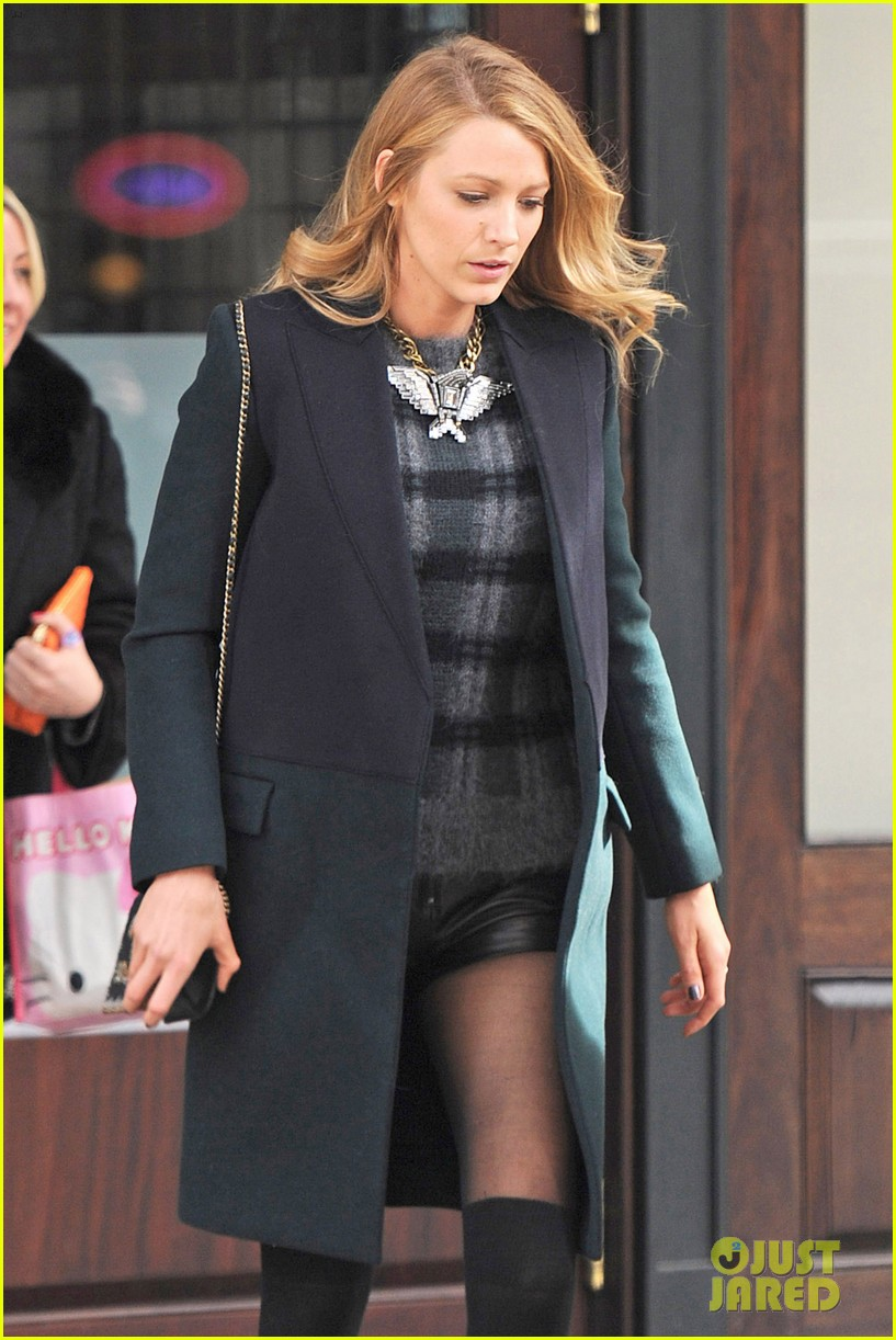 blake lively wears super short shorts in freezing new york 063052559