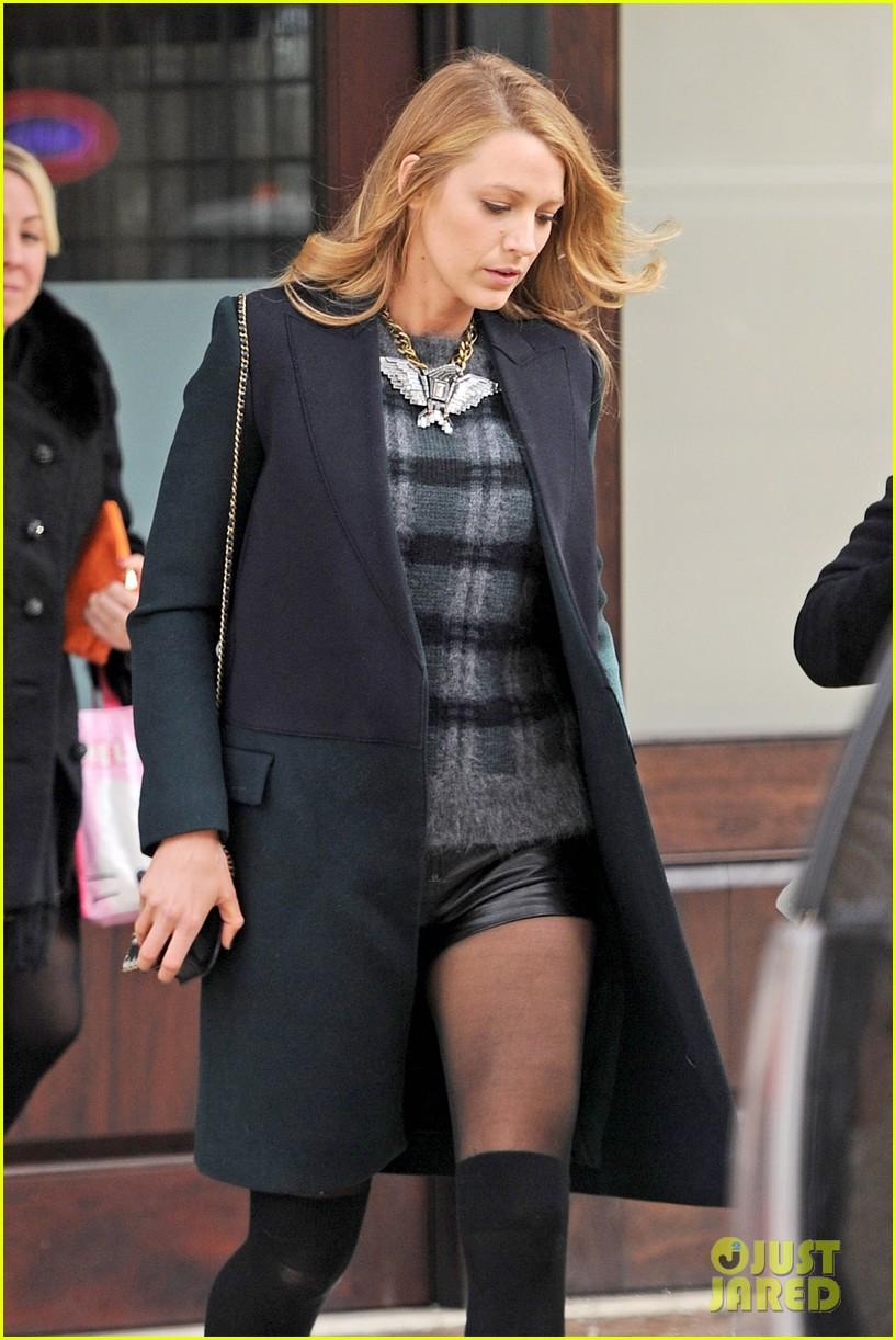 blake lively wears super short shorts in freezing new york 073052560