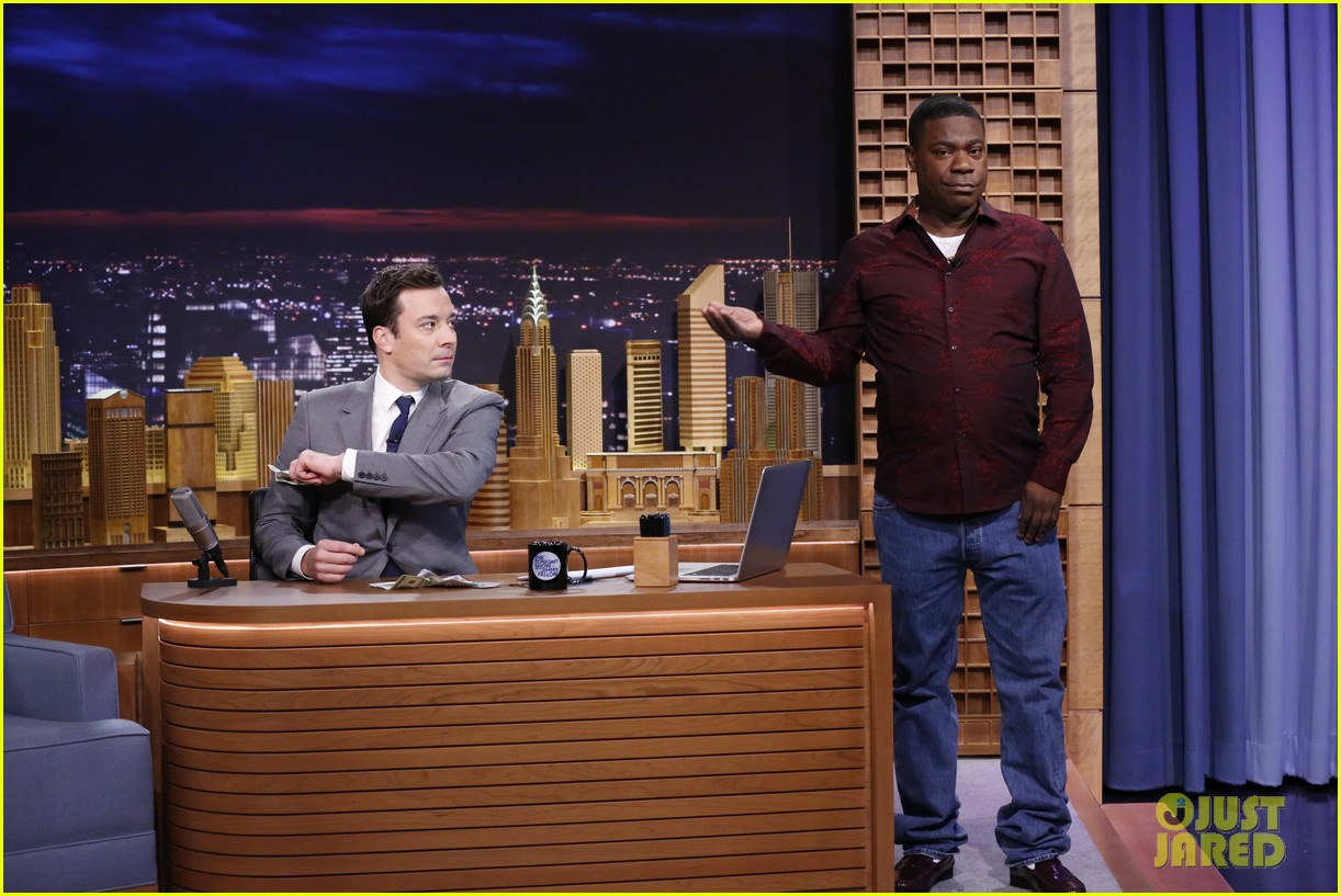 lindsay lohan kim kardashian more surprise jimmy fallon for tonight show debut 103055428