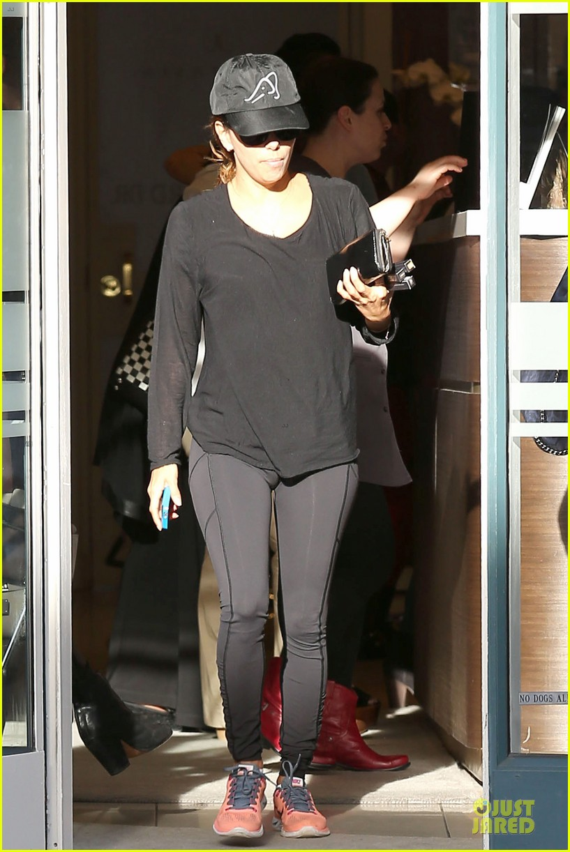 eva longoria rocks new bangs get picked up by jose baston 083053582
