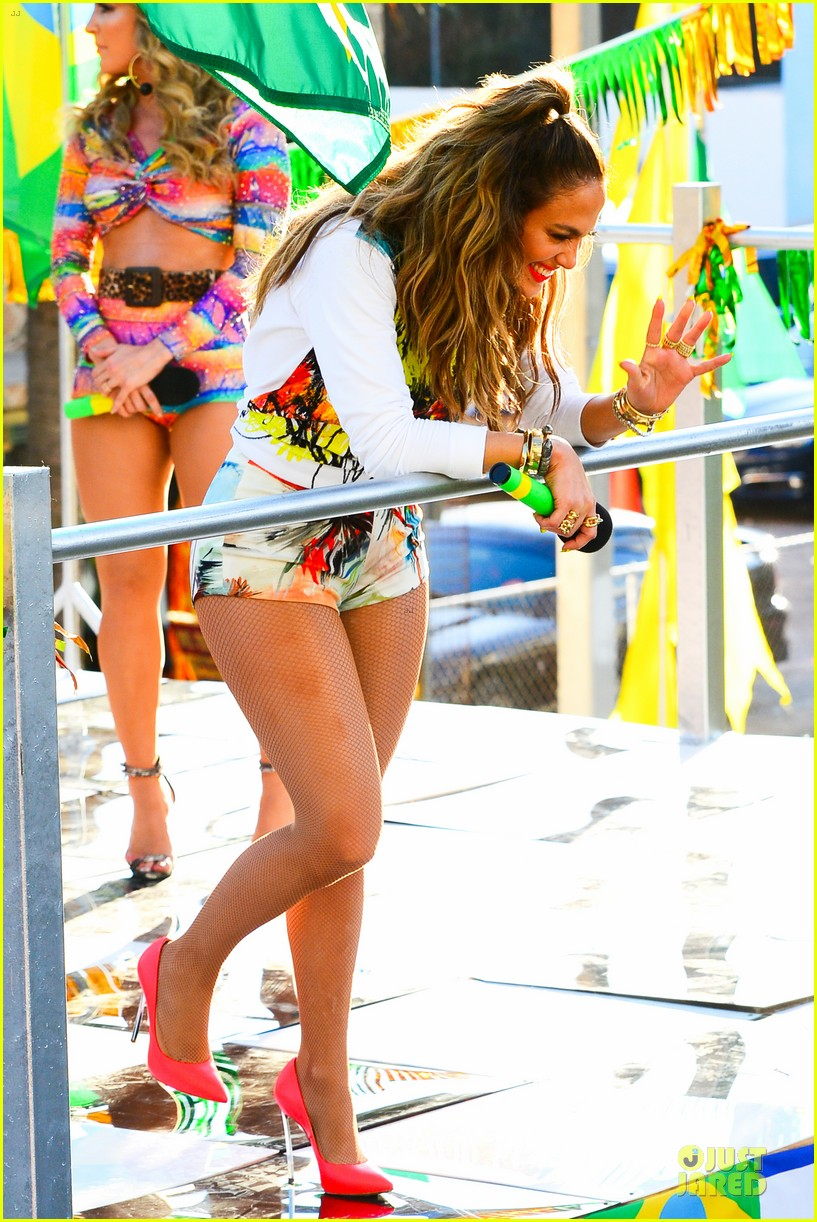 jennifer lopez shoots vibrant world cup music video 033051546