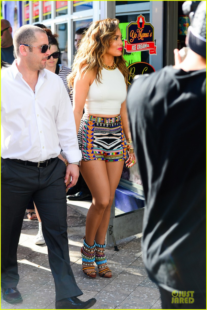 jennifer lopez shoots vibrant world cup music video 093051552
