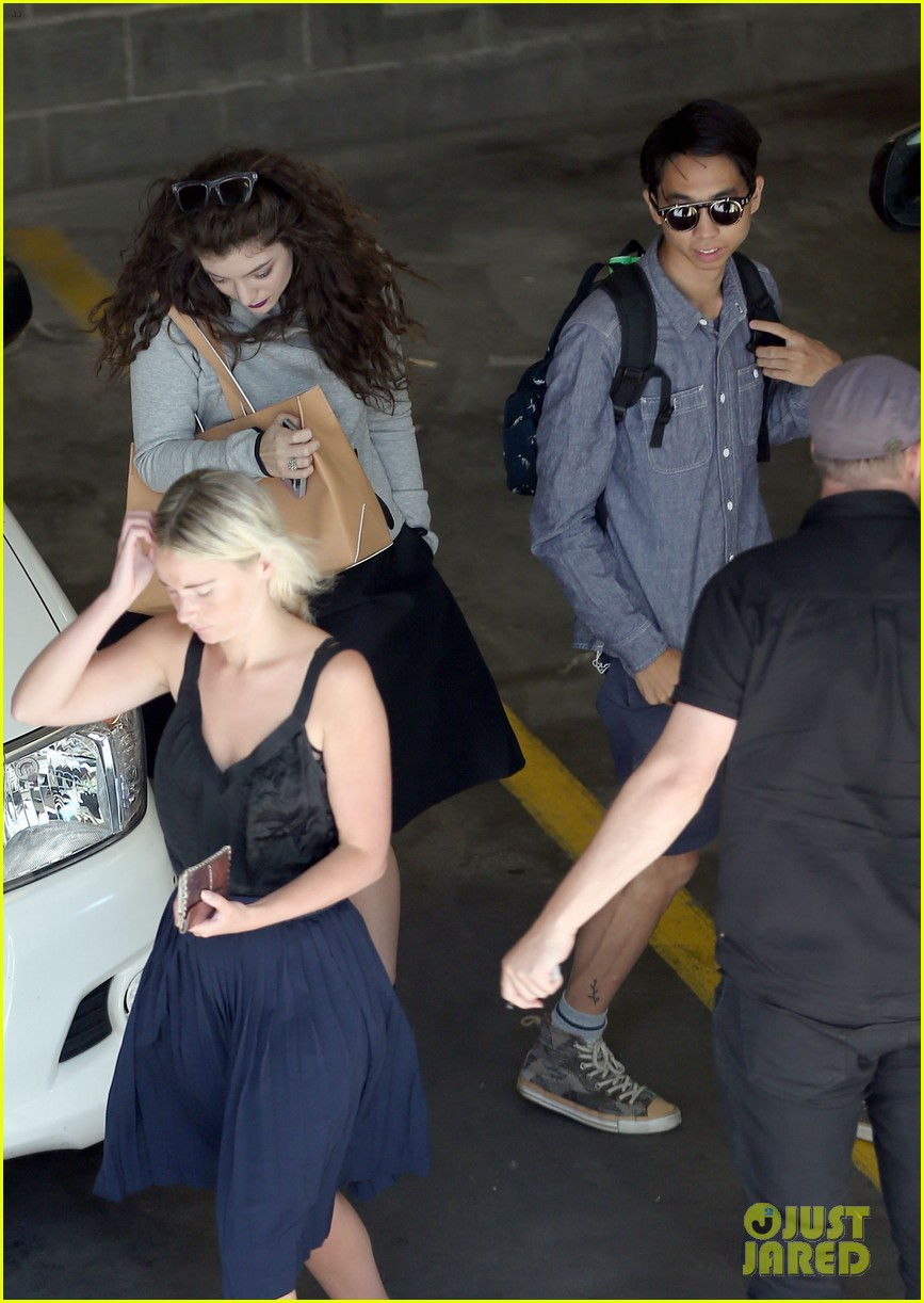 lorde takes boyfriend james lowe along for studio stop 253046976