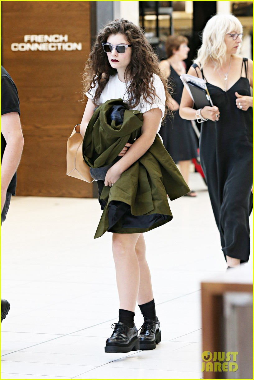 lorde what im going through is so abnormal 053049109