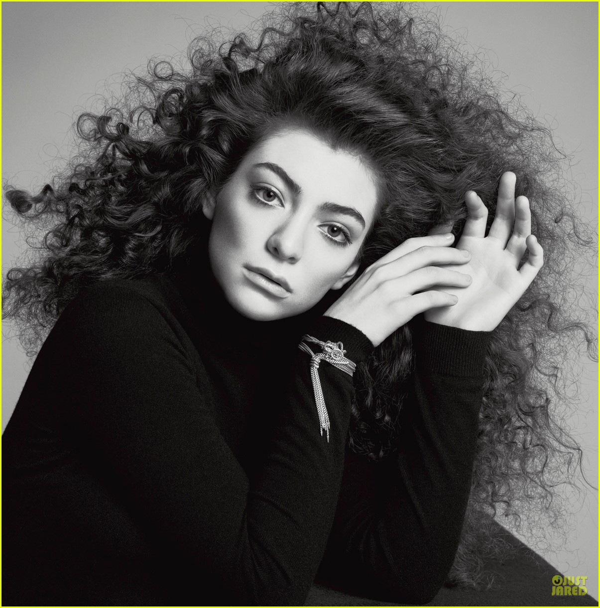 lorde covers v magazine spring 2014 013053444
