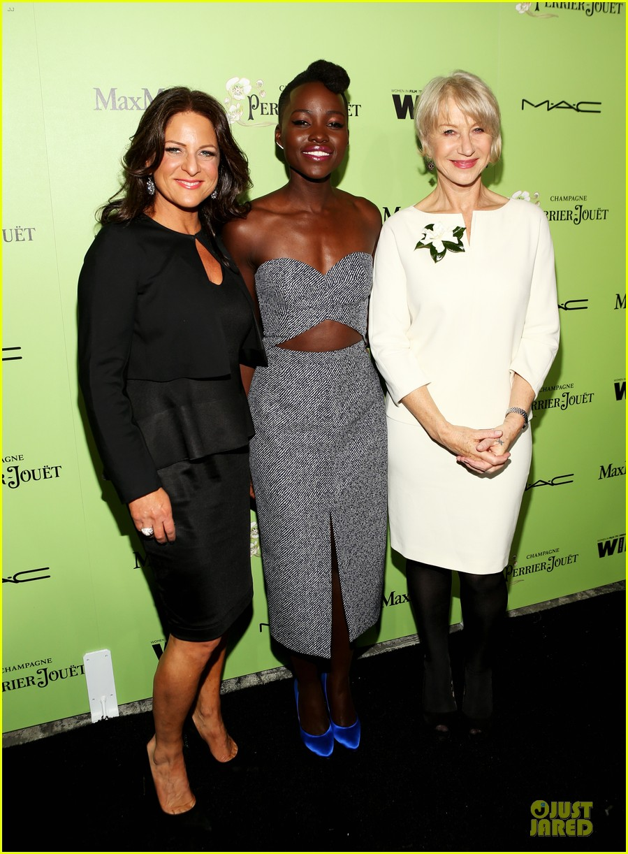 lupita nyongo helen mirren show admiration for each other at woemn in film pre oscar party 013062583