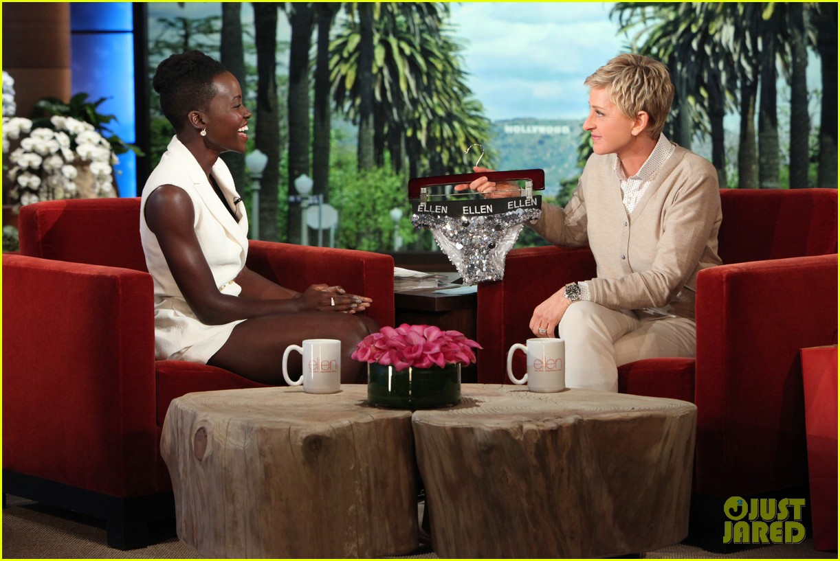 lupita nyongo jokes jared leto dating rumors miley cyrus broke us up 02