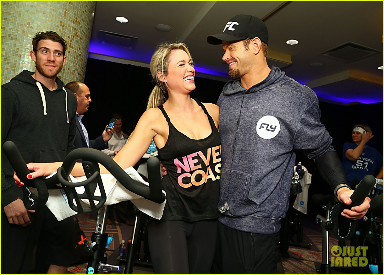 kellan lutz bryan greenberg work up a sweat at nfl house 023046791