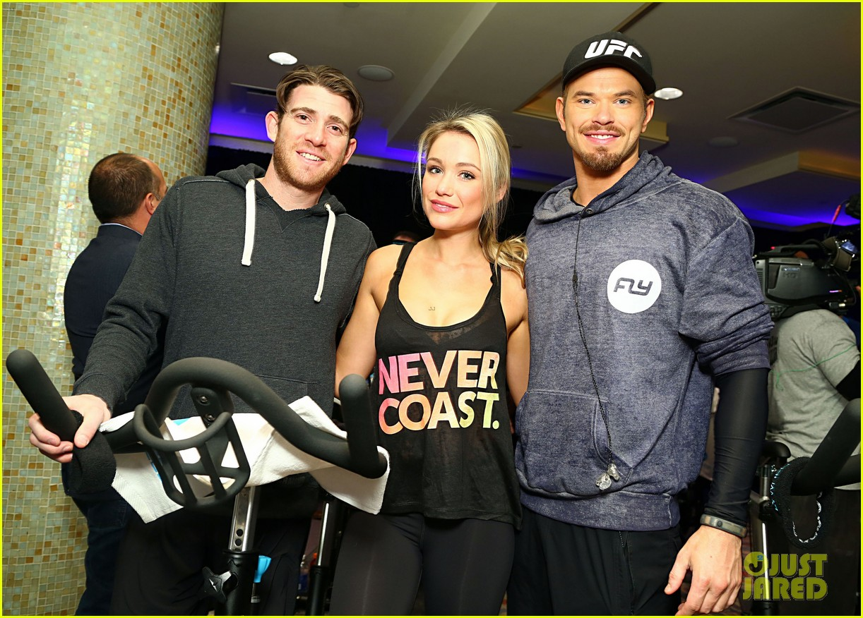 kellan lutz bryan greenberg work up a sweat at nfl house 183046807