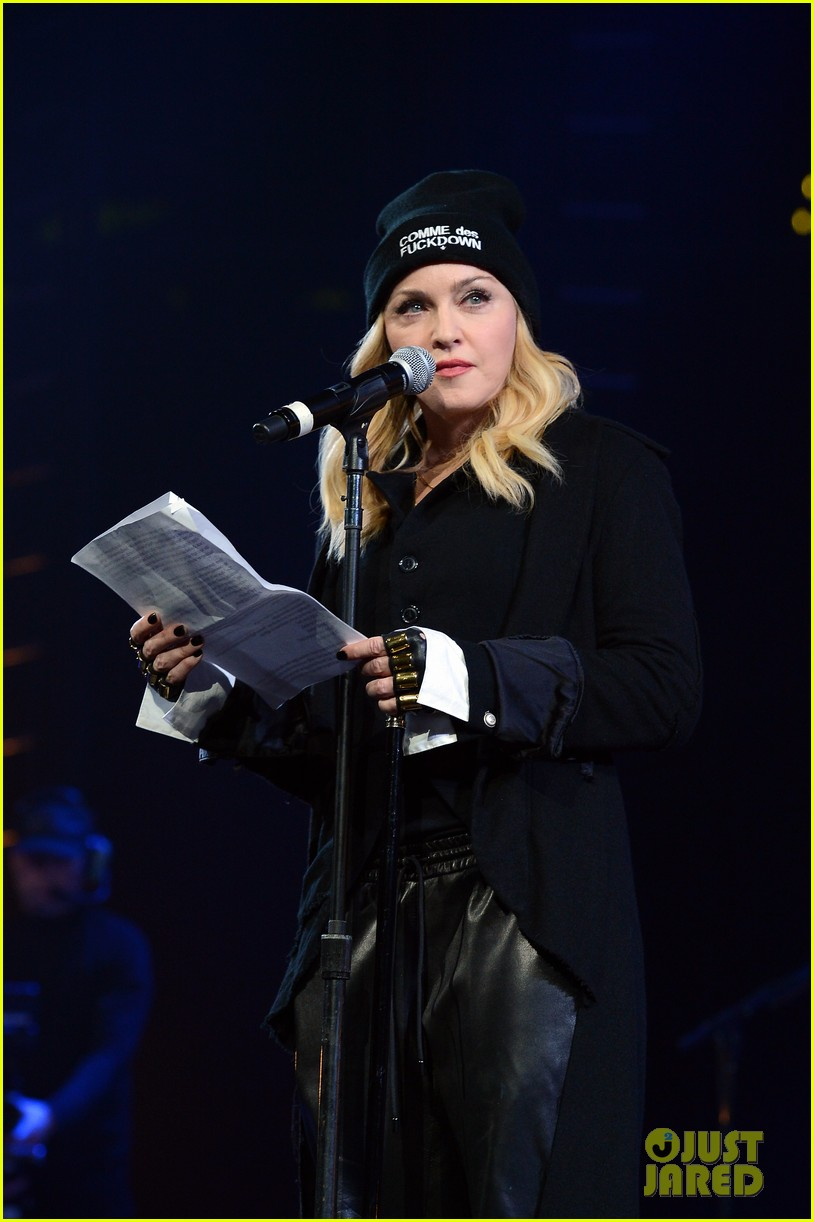 madonna speaks at the amnesty international concert 103048477
