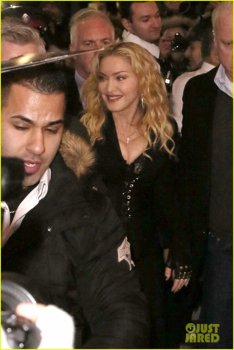madonna hard candy fitness toronto grand opening 013051909