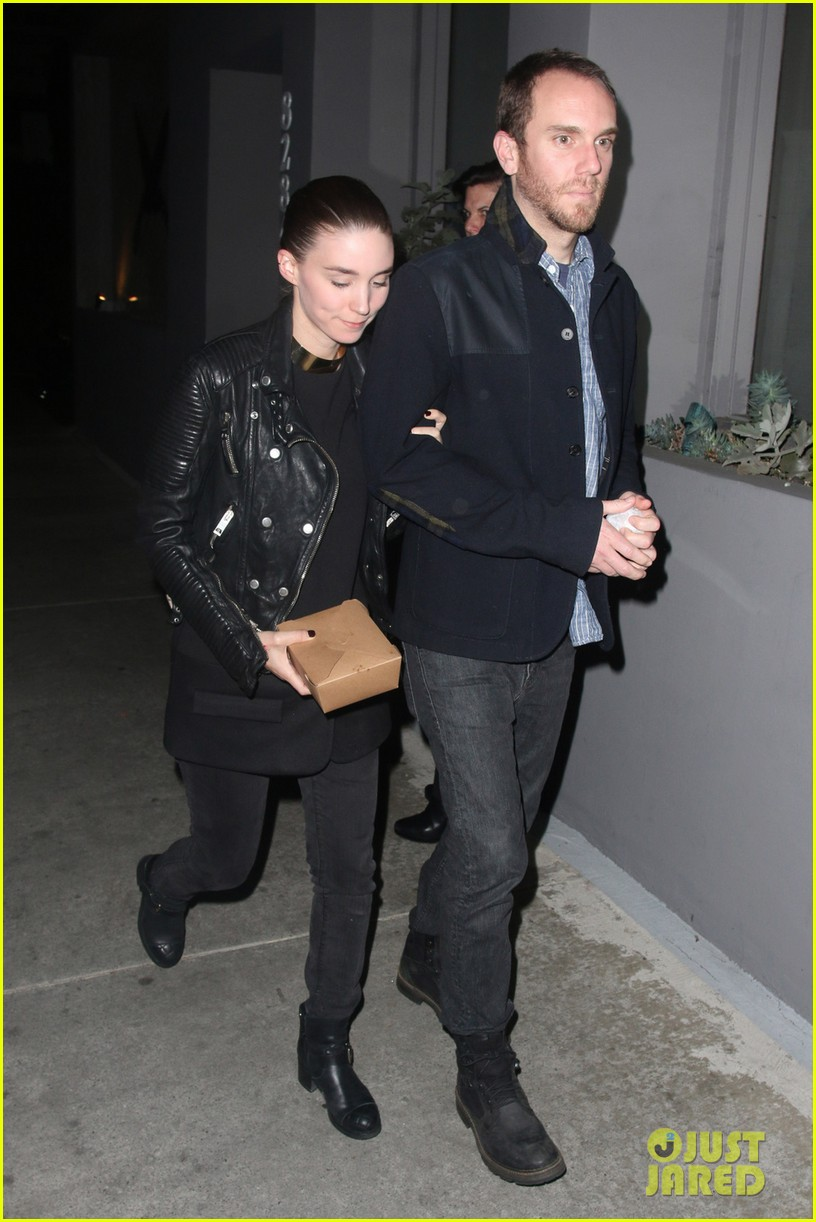 rooney mara keeps close to charles mcdowell after dinner date 043062307