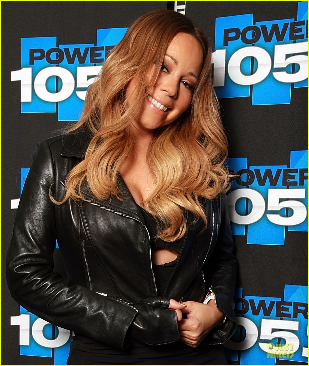 mariah carey flashes black bra at 105 1 appearance 043055902