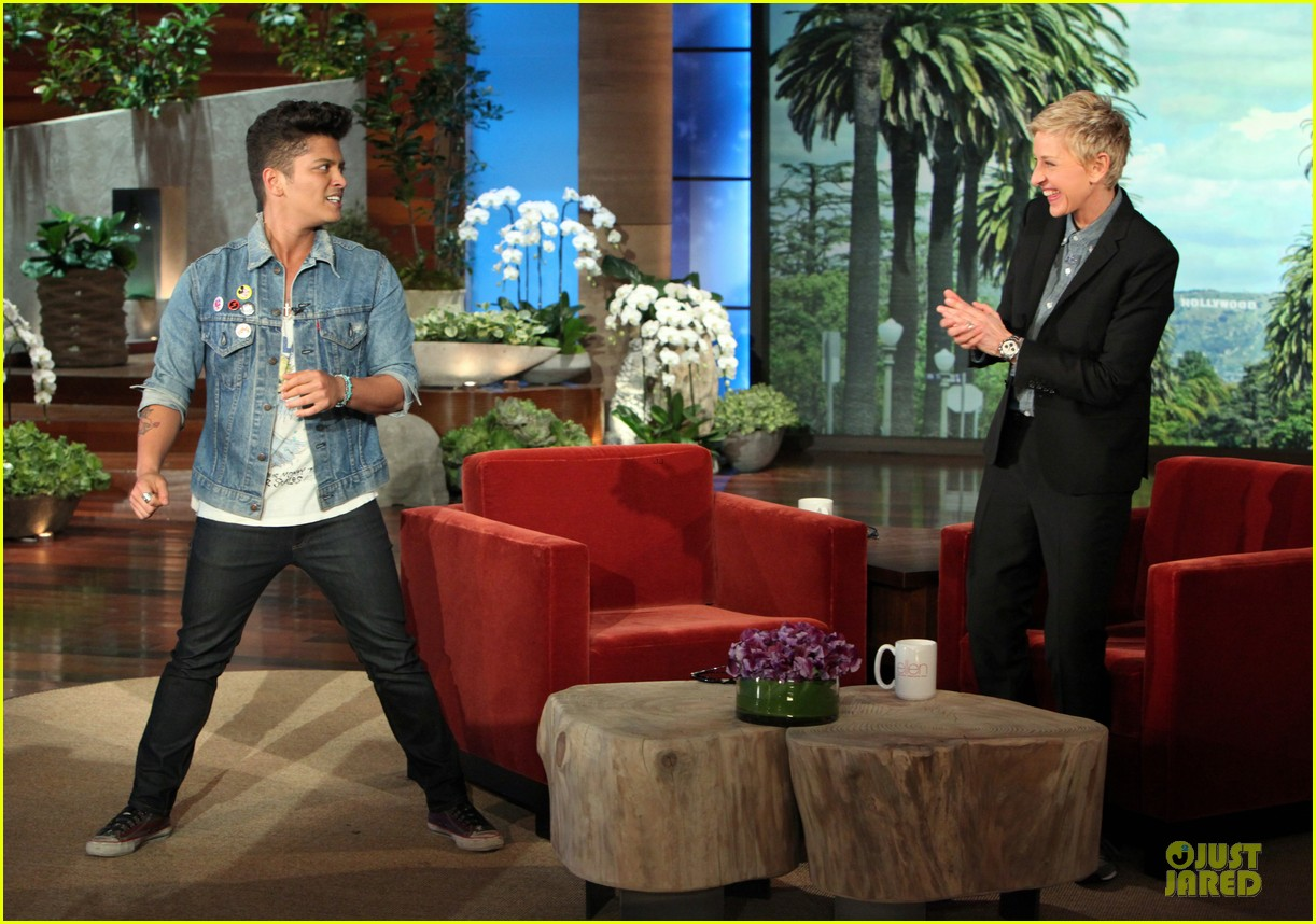 bruno mars talks super bowl performance on ellen 083051799