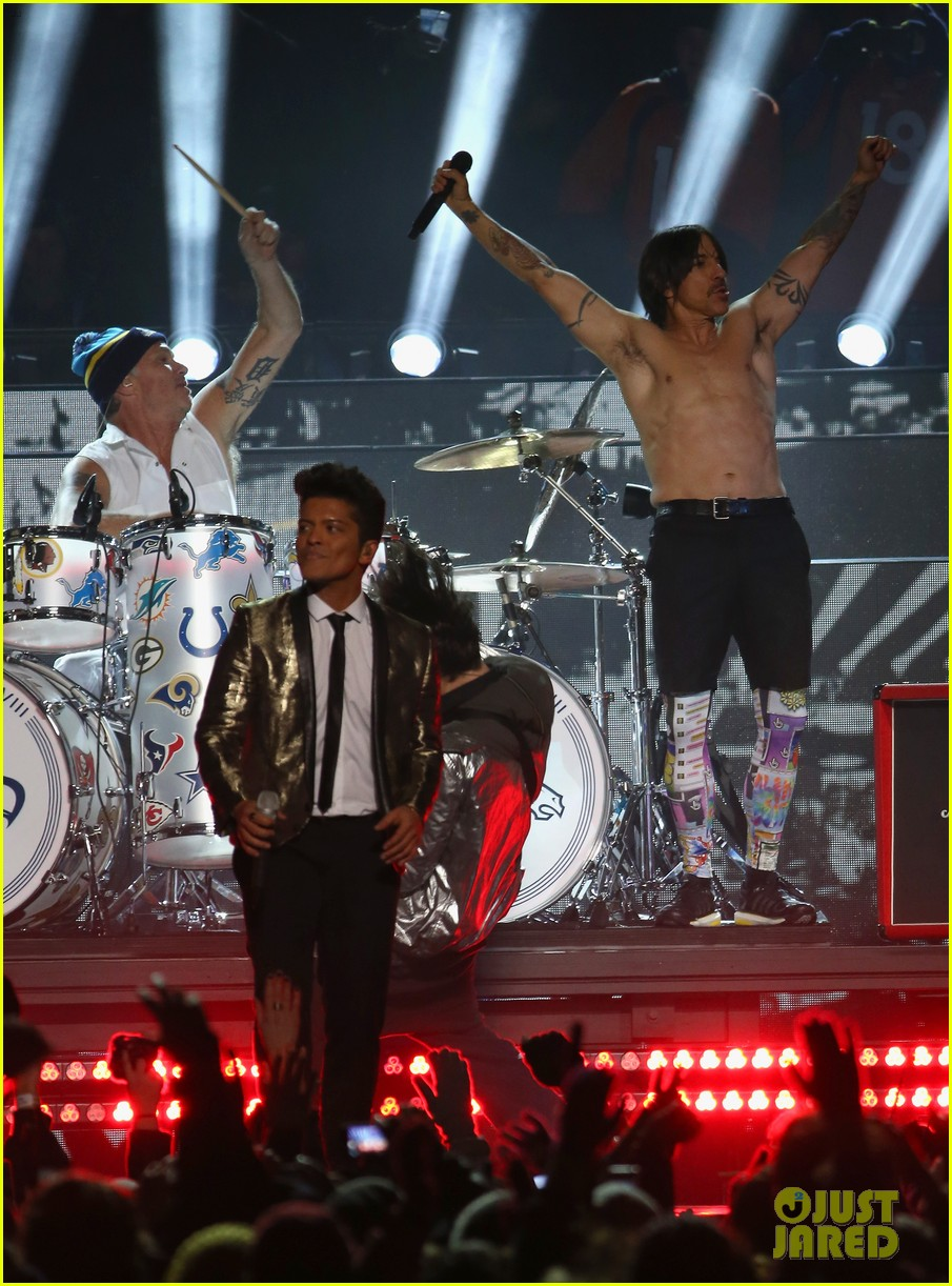 bruno mars super bowl halftime show 2014 video watch now 103046584