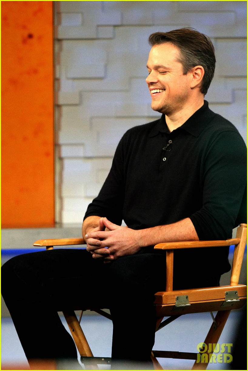 matt damon remembers philip seymour hoffman 023047431