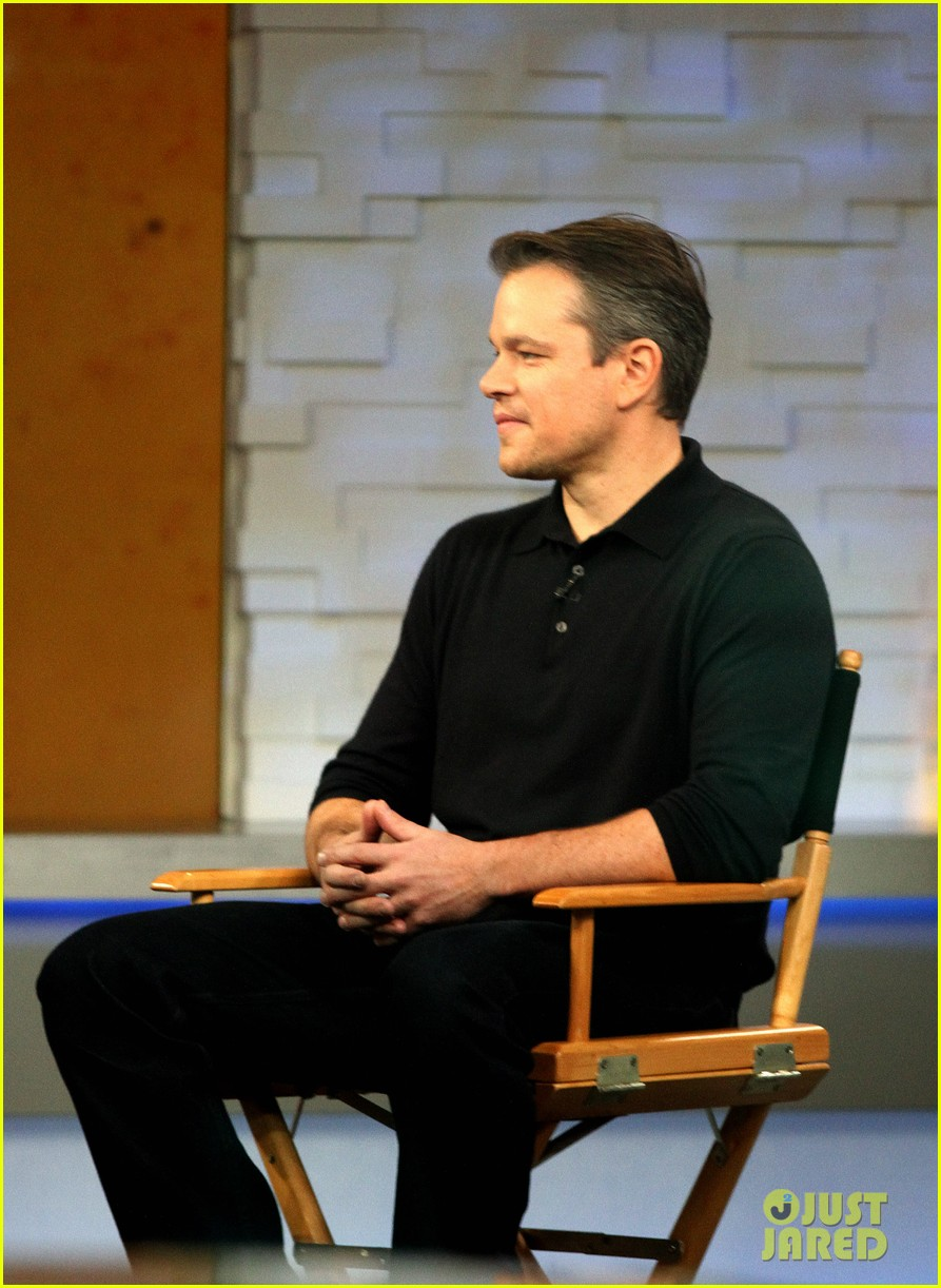 matt damon remembers philip seymour hoffman 073047436