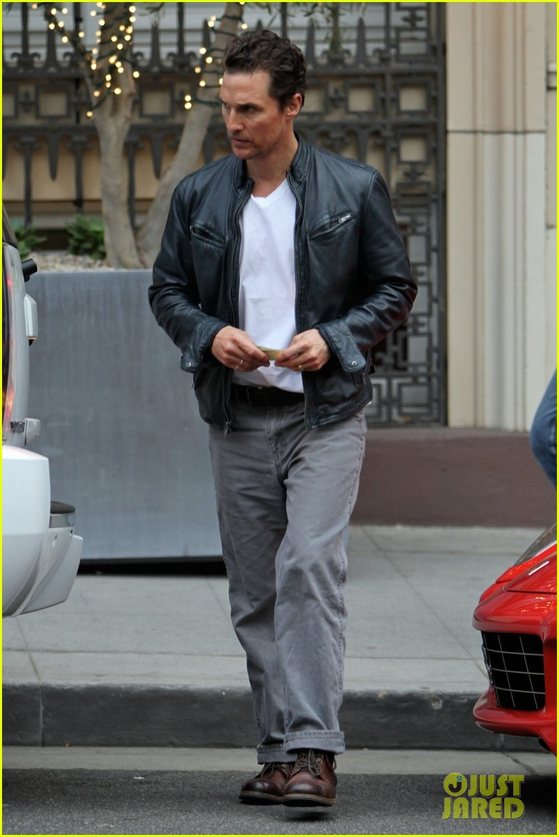 matthew mcconaughey is like a brother to woody harrelson 013061660