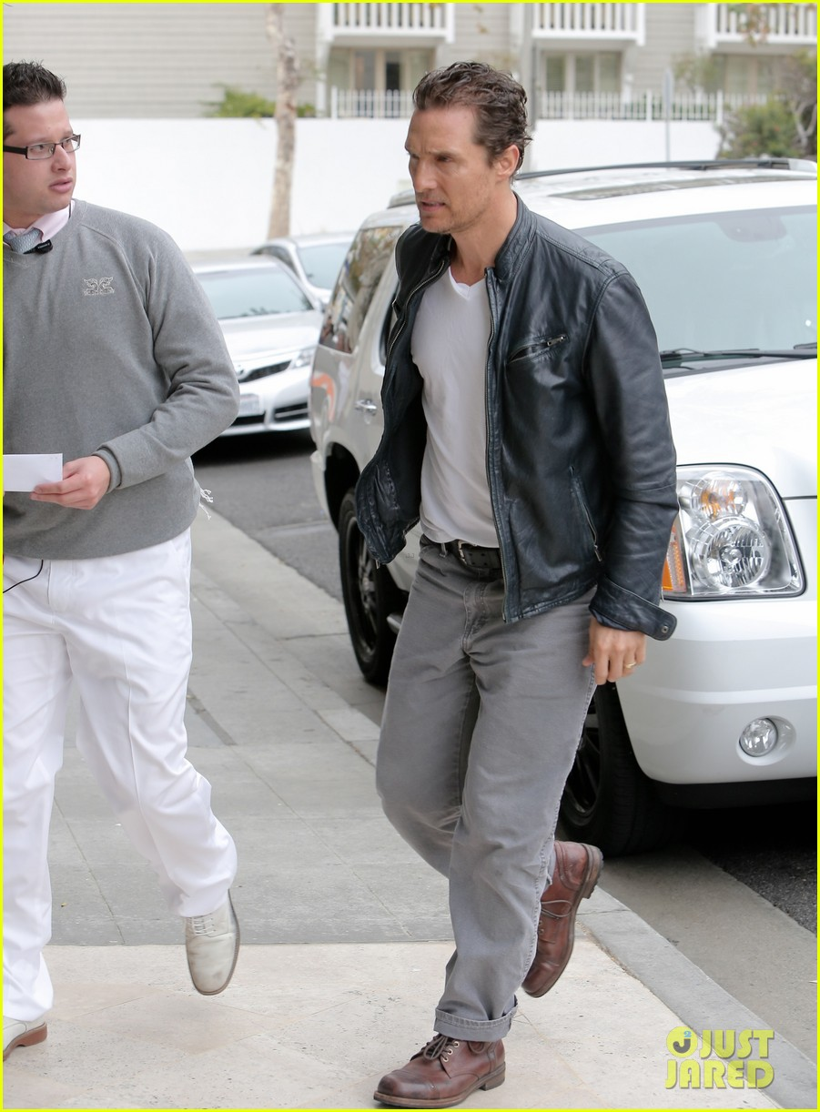 matthew mcconaughey is like a brother to woody harrelson 033061662