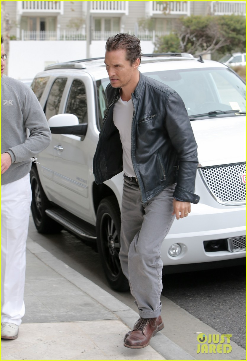 matthew mcconaughey is like a brother to woody harrelson 083061667
