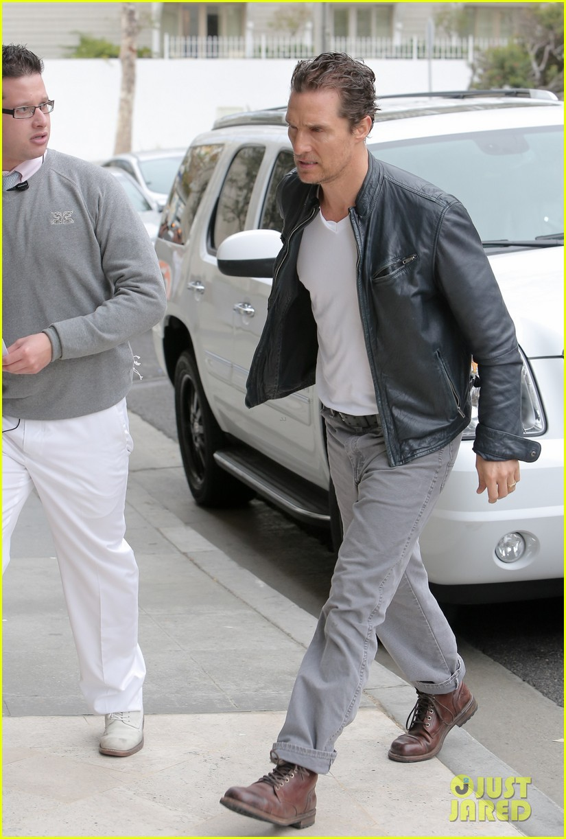 matthew mcconaughey is like a brother to woody harrelson 093061668
