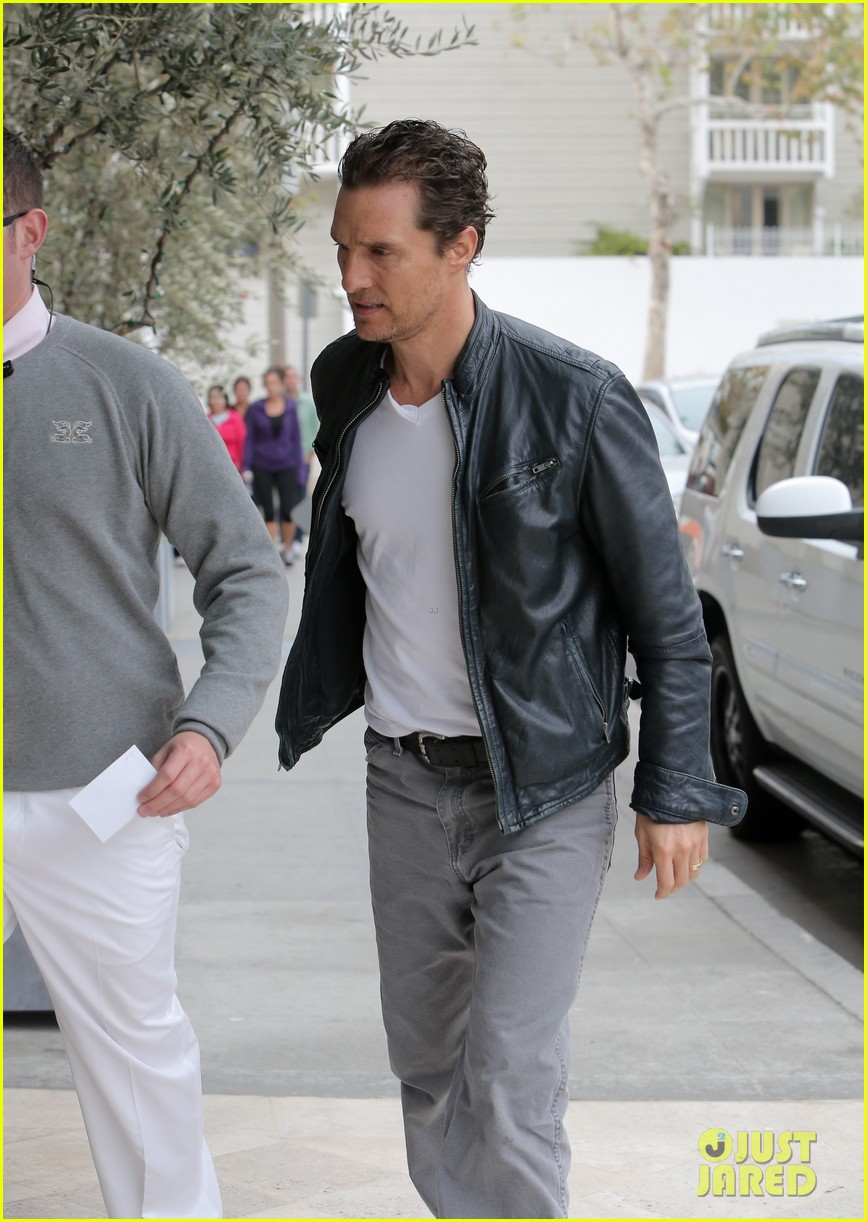 matthew mcconaughey is like a brother to woody harrelson 123061671